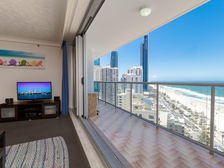 Stunning Beach and Ocean views, 21Floor, Free Wifi