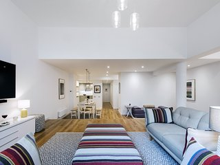 The Earl's Court Square Garden Apartment - ALBS