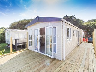 6 Berth. D/G & C/H with decking and full seaview. Pets Welcome* REF 32069