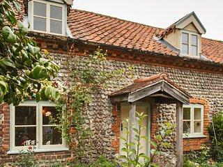 Cutty Sark Cottage - East Runton. Sleeps 4.