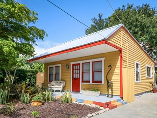 NEW LISTING! Whimsical cottage w/private garden, views, near the bay - dogs OK