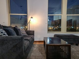 Home City B&B Luxury Studio Loft Downtown Cleveland