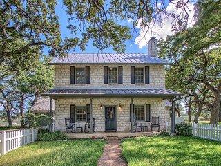 Wildblumen Main House | Fredericksburg Vacation Rental
