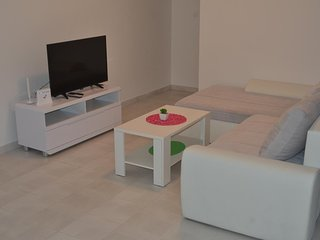 One bedroom apartment Podstrana (Split) (A-13115-a)