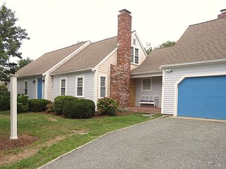 Newly Updated, Spacious Brewster Home, Walk to Beach: 022-B