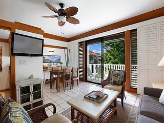 Poipu Charm w/Chic Kitchen, Tile Floor, Lanai, Ceiling Fan, DVD