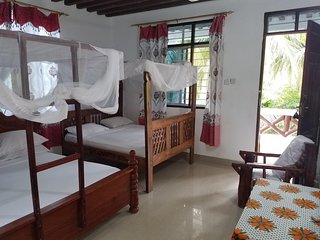 Baraka Beach Bungalows - Twin Room 1