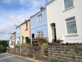 Three-bedroom Victorian family home - Mumbles
