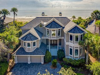 9 Cat Boat-OCEANFRONT and so much MORE!