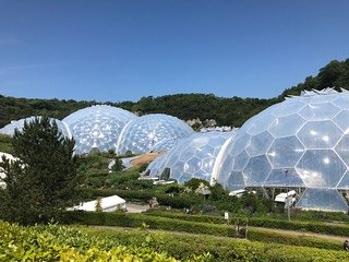 The Eden Project is only a ten minute drive away.