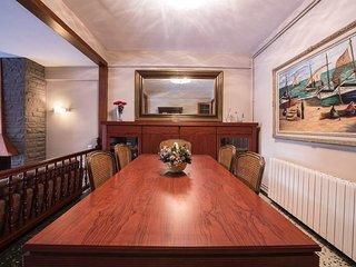 Apartment Montserrar 11-2