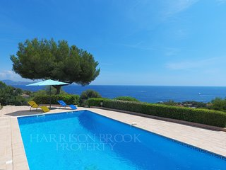 Blue Bay View Provencal Villa