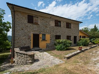 Valdarecchia: a peaceful country-house on the hills