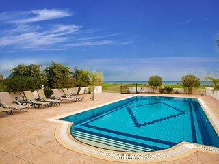 Cyprus In The Sun Celebrity Villa Jordan Weekender 11 Platinum