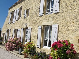 3 bedroom Villa in Longues-sur-Mer, Normandy, France : ref 5650361