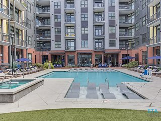 Stunning Amenities! Walk everywhere by STA Here