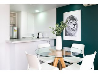 Contemporary apartment in Sydney's best location