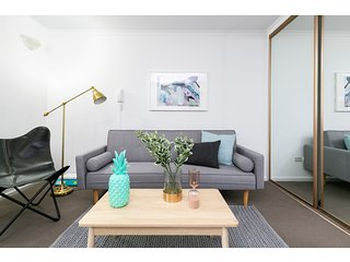 Contemporary Apartment In Best Sydney Location
