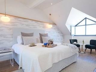 Rockfish, luxury accommodation a minute away from Porthmeor Beach