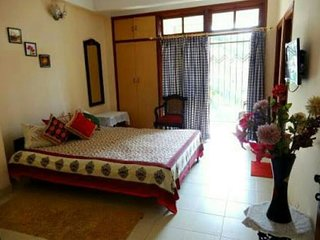 AC room for travellers Shivam Guest House (OKNE)