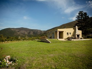 Protea House the perfect small holding with beautiful sea and mountain views
