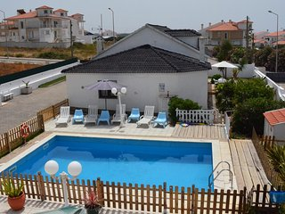 Ribamar Glocal House with swimming Pool and close to the beach - Ericeira