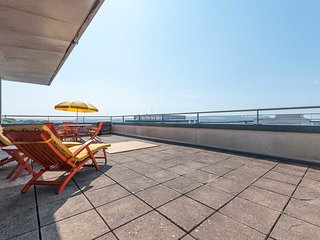 The Penthouse: Enjoy ultimate luxury in 2 bed Plymouth Penthouse