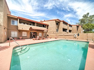 NEW! Condo in Heart of Tempe w/Patio & Pool Access
