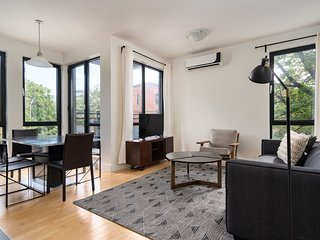 Airy 4BR in Plateau by Sonder