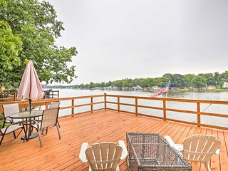 NEW!'Cozy Cottage' w/Dock & Patio by Indiana Beach