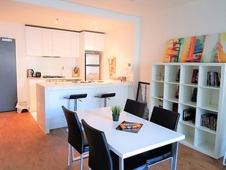 Readyset on Collins · 2 Bedroom Apartment D1