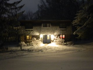 Rose's Cozy Mountainview. A cozy 'home away from home' to make memories and have good times !