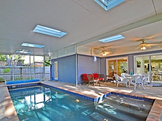 NEW Private Siesta Key Vacation Rental Home W/ Heated Pool on Quiet Street