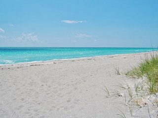 Relaxing 2 Bedroom Beach Condo Only Steps from the Soft Sands of the Beach