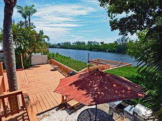 Lakefront Siesta Key Vacation Rental Home within Small Private Resort W/ Pool