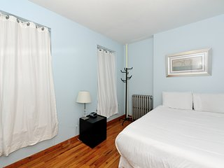 Cozy 2Bed Apartment at Upper East Side 8786