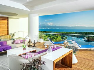 The Luxury of the 4 Bedroom Grand Luxxe Residence Nuevo Vallarta & Riviera Maya