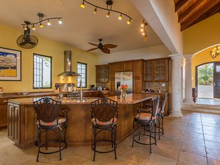 Your performance kitchen designed for groups of up to 8 adults. Local chefs love our kitchen!