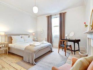 Elegant 1-Bed apt in Period Building in Kensington