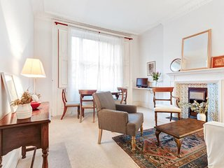 Elegant 1-Bed apt in Period Building in Kensington