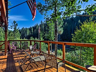 Rustic Riverfront Truckee Cabin w/Deck & View!