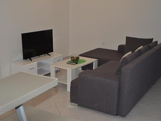 One bedroom apartment Podstrana (Split) (A-13115-b)