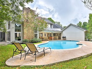 NEW-Upscale Houston Family Home on Energy Corridor