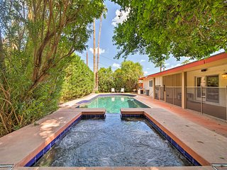 Updated Phoenix Home w/Pool&Spa-Near Camelback Mtn