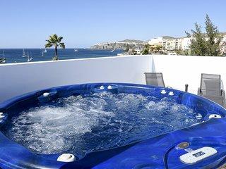 Pura Vida Beach Suite 1C