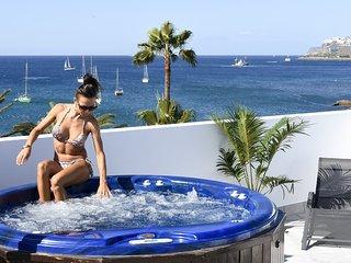 Pura Vida Beach Suite 1A