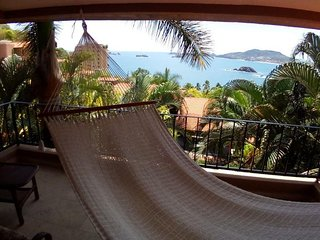 Beautiful Home with a Private Pool at Las Brisas Ixtapa by Villas HK28 !!!