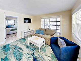 Steps to Pompano Beach! Newly Furnished 1BR Getaway w/ Pool