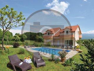 5 bedroom Villa in Carici, Splitsko-Dalmatinska Zupanija, Croatia : ref 5672660