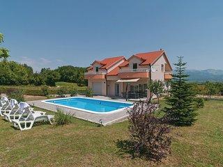5 bedroom Villa in Carici, Splitsko-Dalmatinska Zupanija, Croatia - 5672660